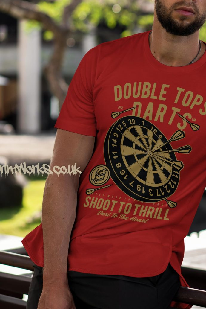 darts t-shirt double tops in red and gold