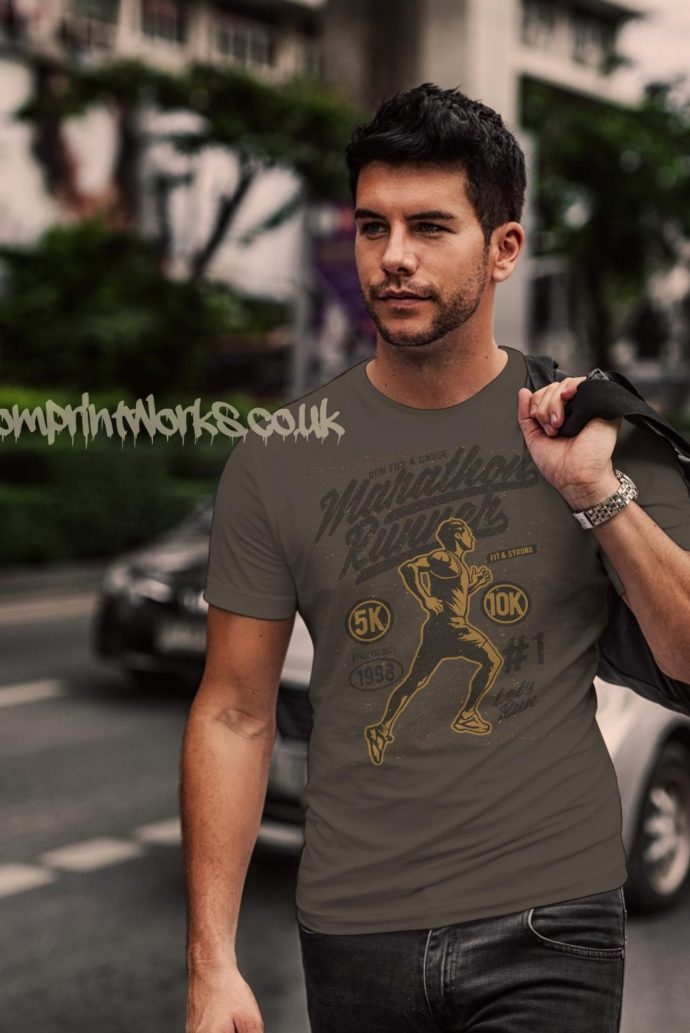 marathon runner t-shirt in grey with gold