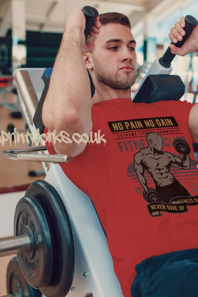 red mens gym vest no pain no gain motto printed to chest
